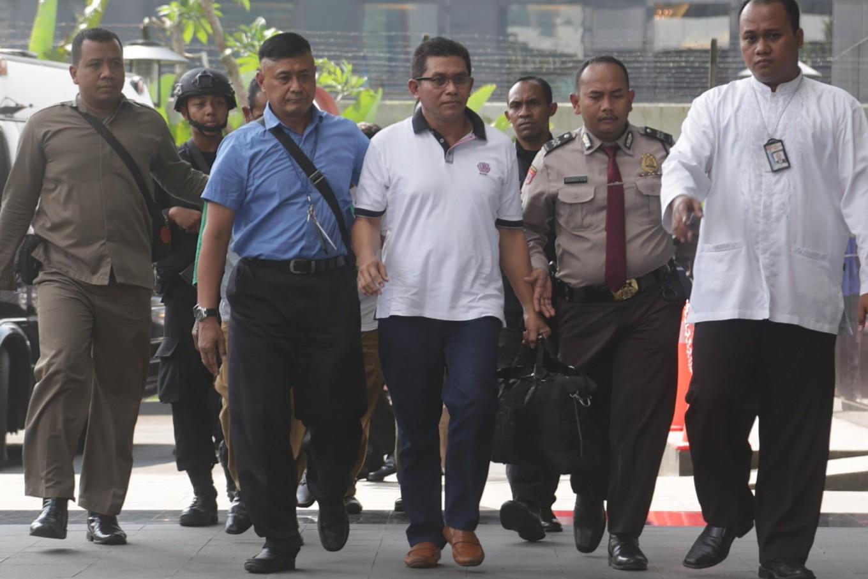 Senior councillors arrested in East Java KPK sting operation
