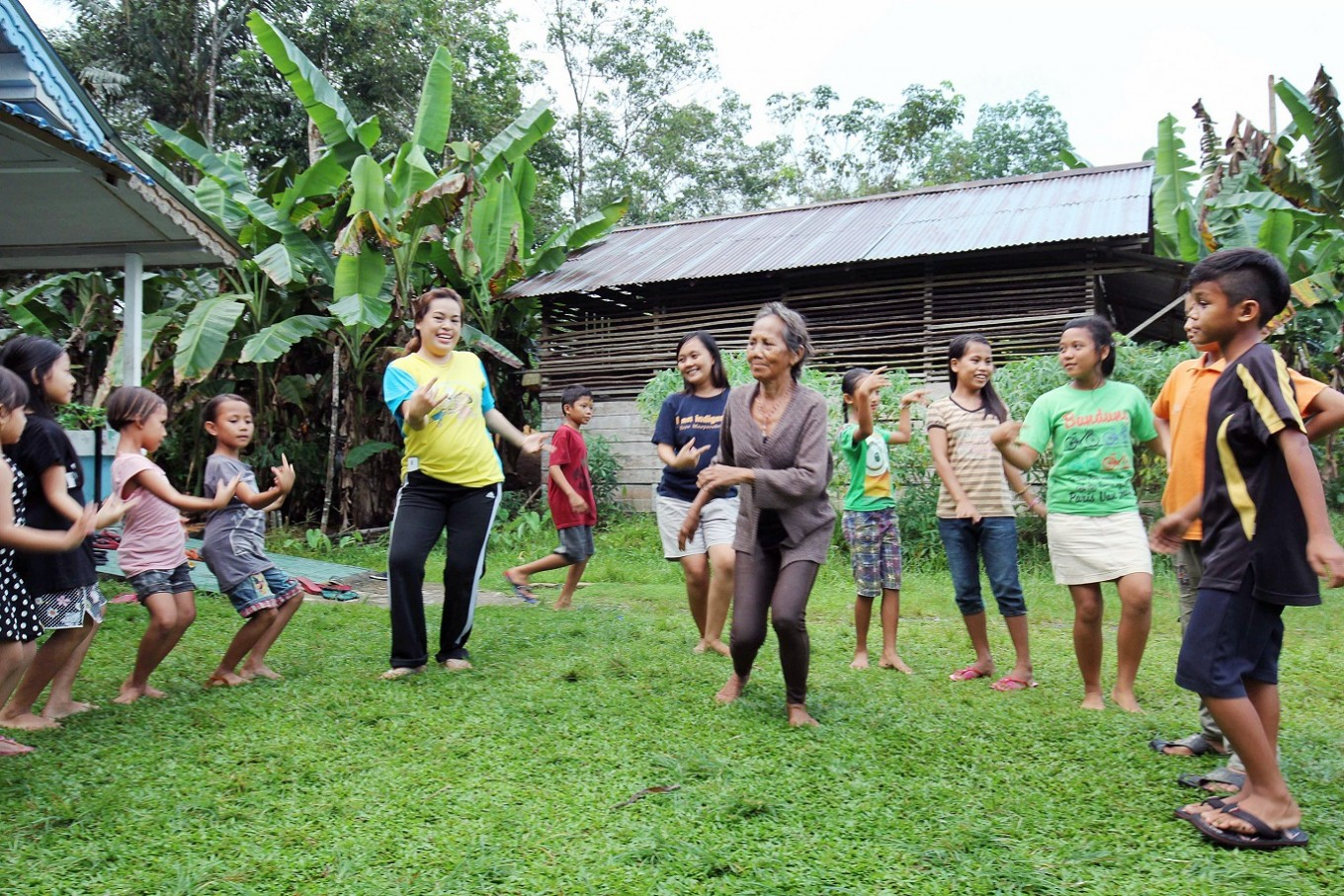 Samabue traditional school to preserve local culture