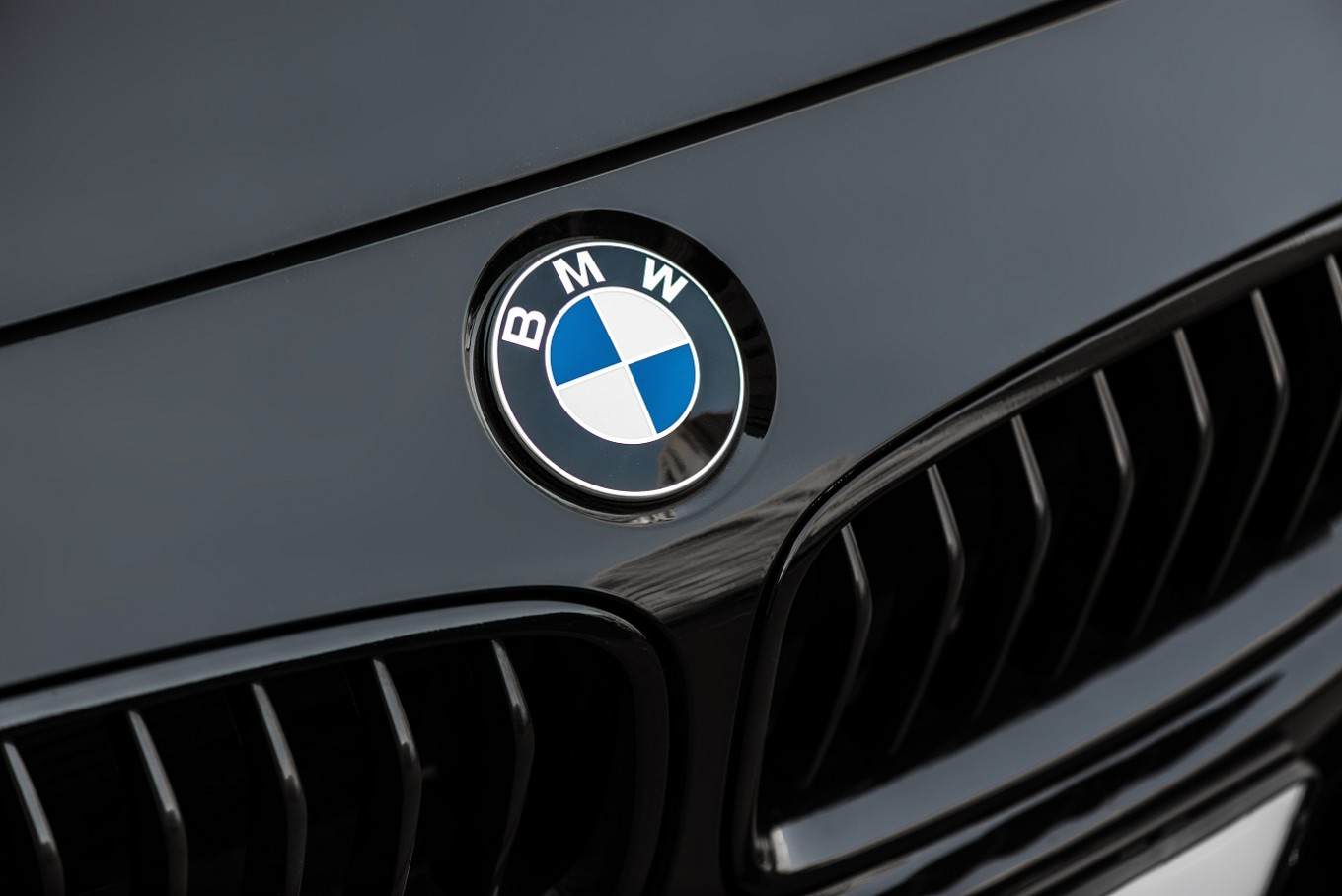 Bmw Ranks First Subaru Rated Worst In Electric Vehicle Survey