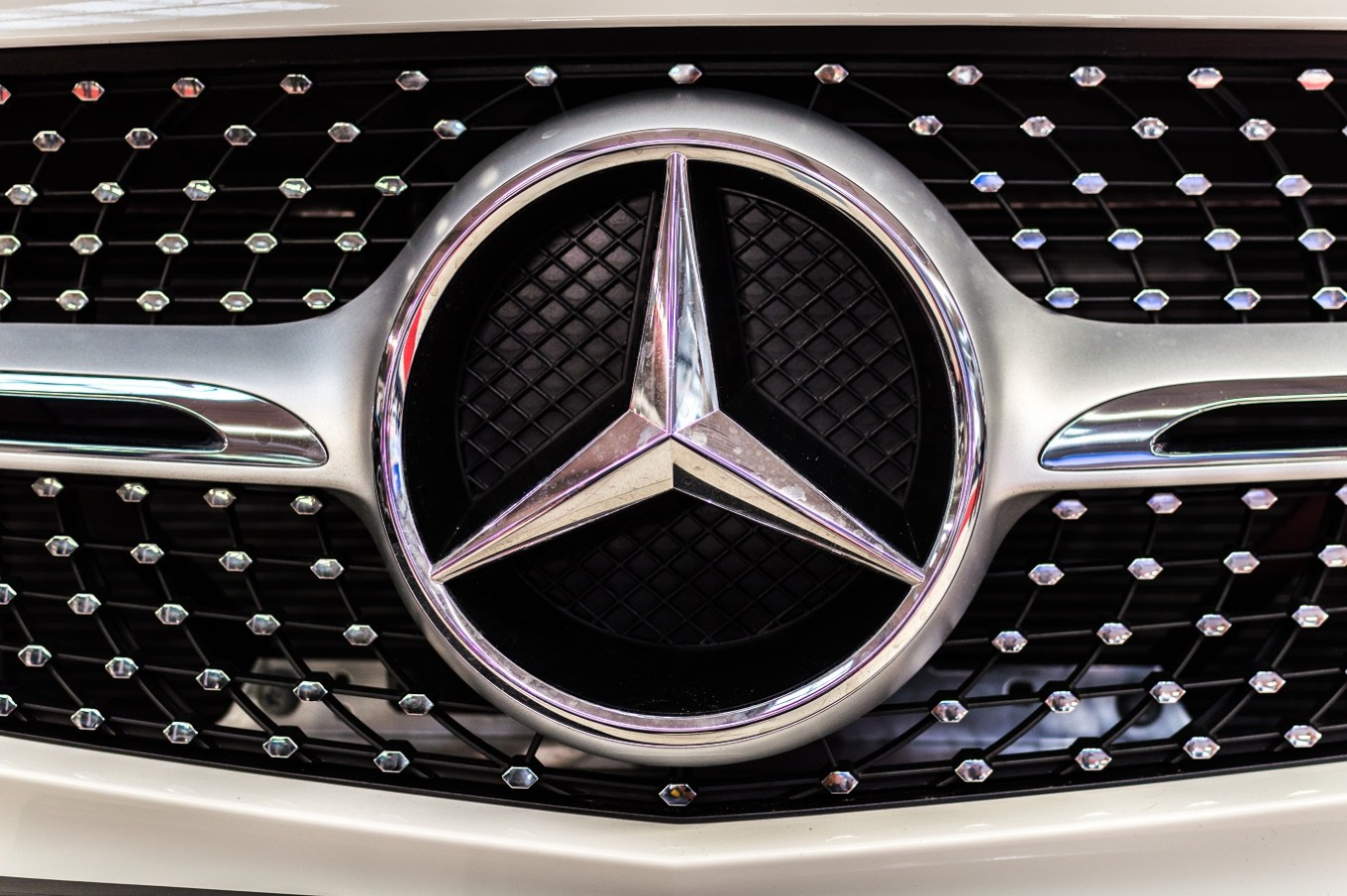 BAIC, Daimler to build $1.9 billion China production plant