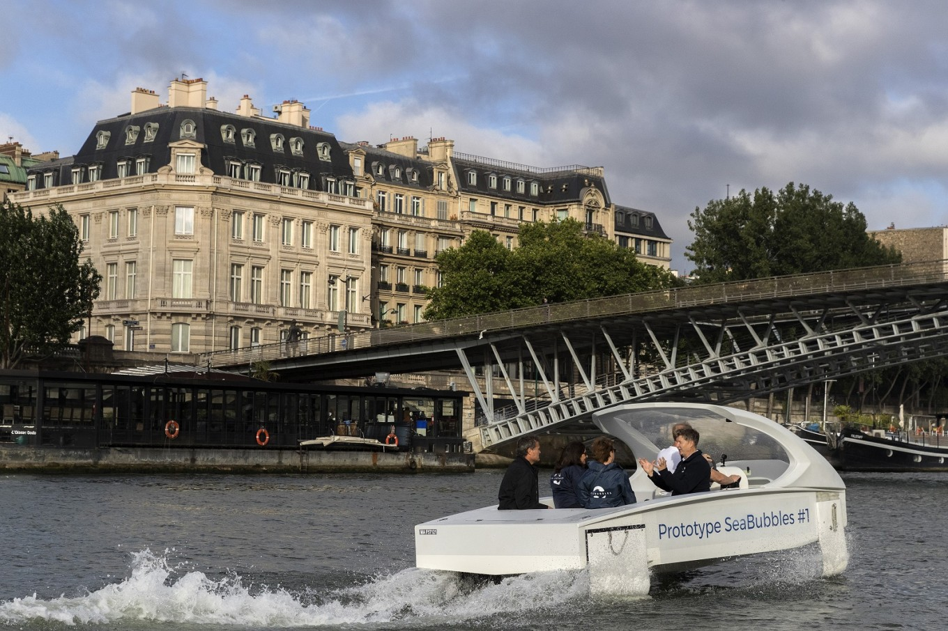 Noiseless river 'bubble' taxi sails through Paris test
