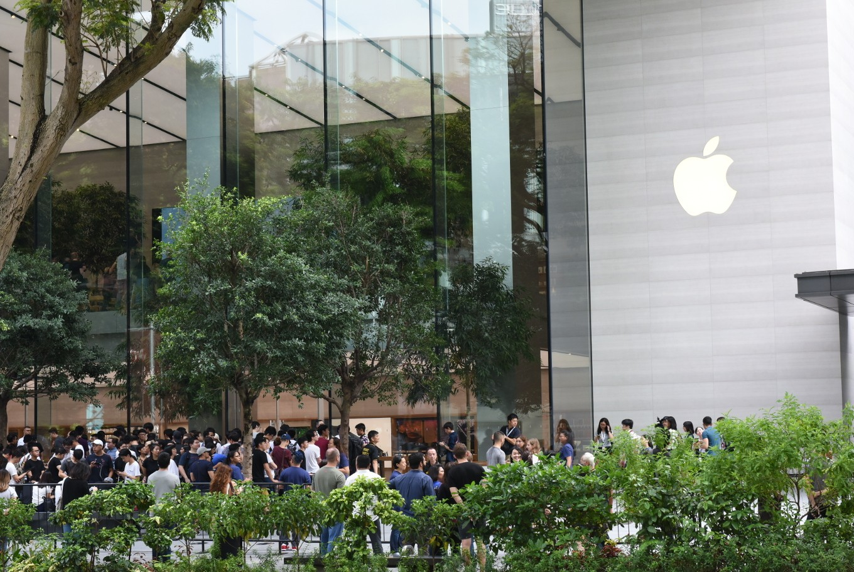 Apple starts recruiting staff for Bangkok shop