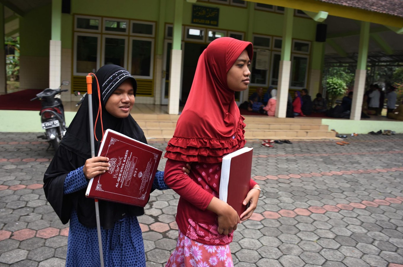 The special braille program at An Nur Mosque currently caters to 105 students coming from all over East Java. JP/Aman Rochman