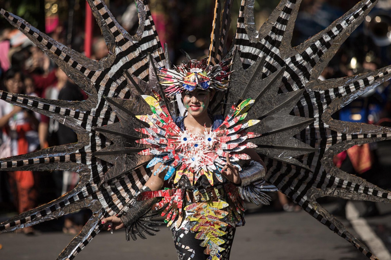 A Balinese woman performs during the opening of the 39th Bali Art Festival at the Bajra Sandhi Monument in Denpasar. JP/Agung Parameswara