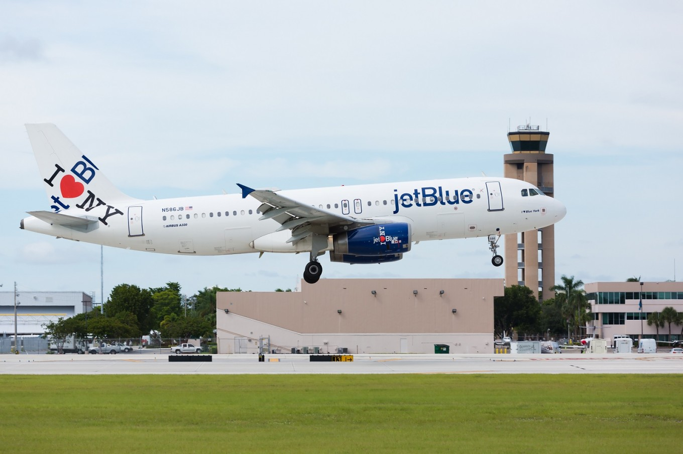 Just show your face to board a JetBlue flight