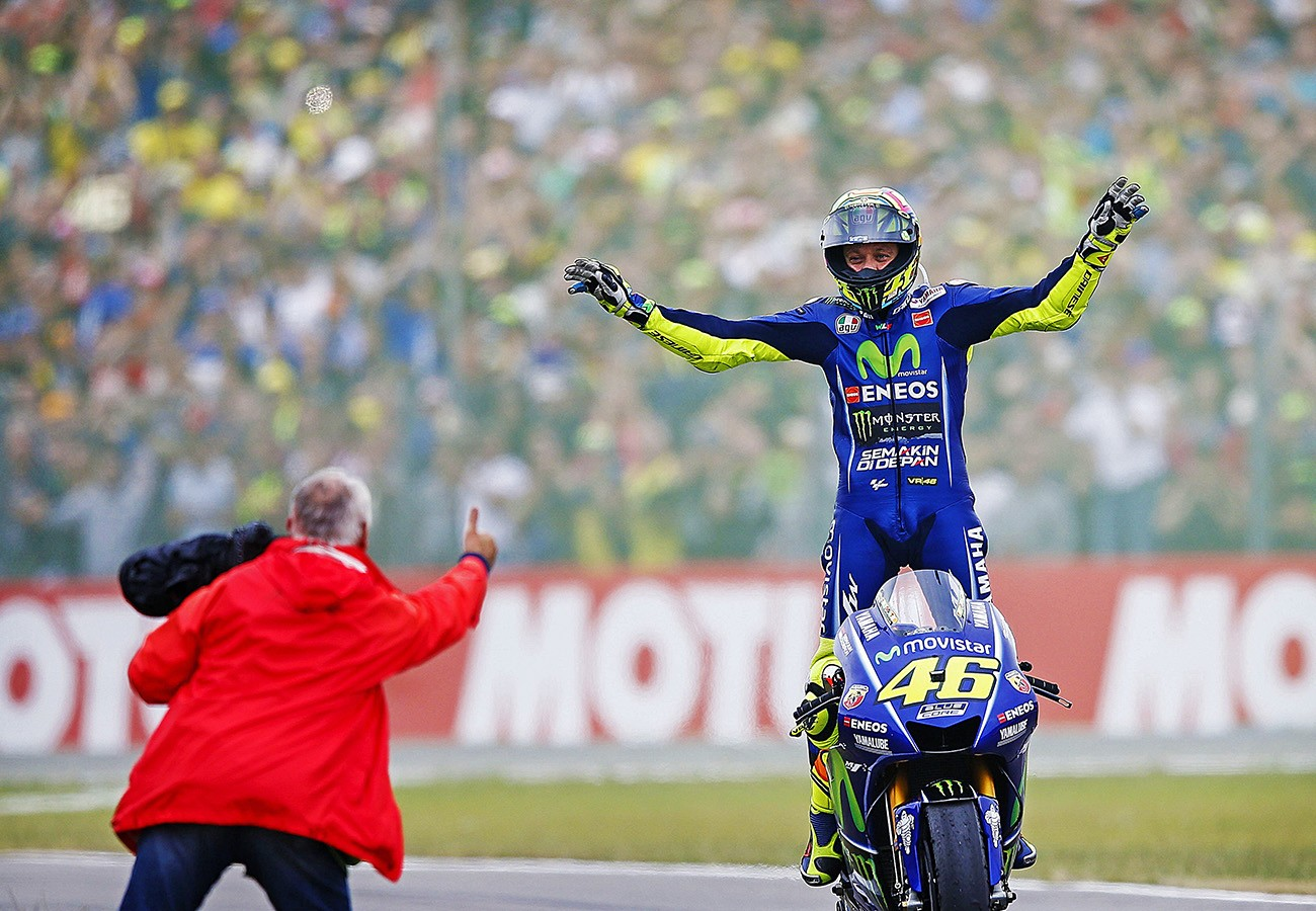 Motogp Rossi King In Assen Vinales Crashes Out World The