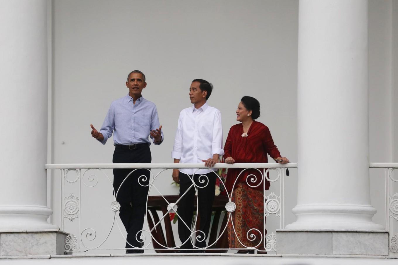 Obama welcomed modestly yet warmly at Bogor Palace