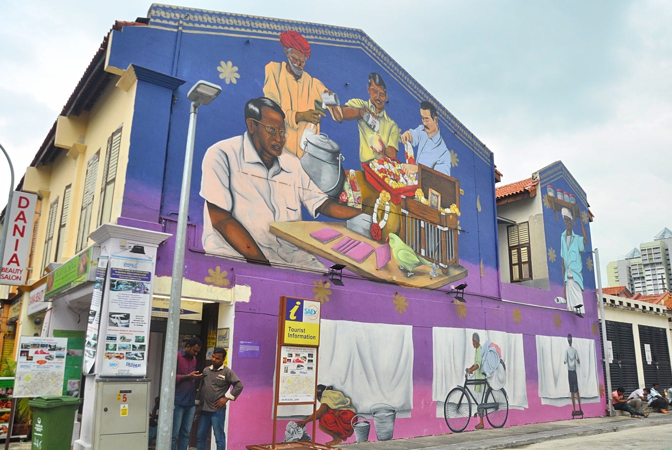 Visit These Murals For Your Ootd Posts From Singapore