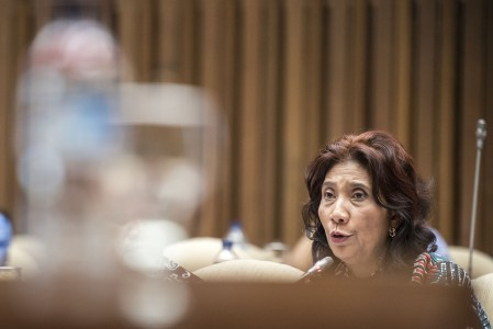 Minister Susi rejects idea to auction off confiscated fishing boats