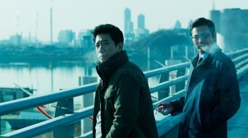 "Still from ""VIP"" featuring Kim Myung-min (left) and Jang Dong-gun."