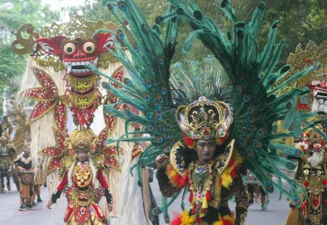 Solo Batik Carnival highlights Javanese culture's glory days