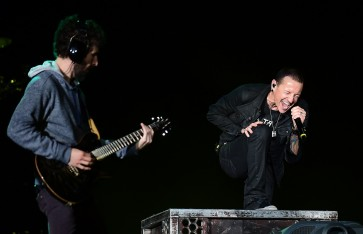 Linkin Park says can never replace late singer
