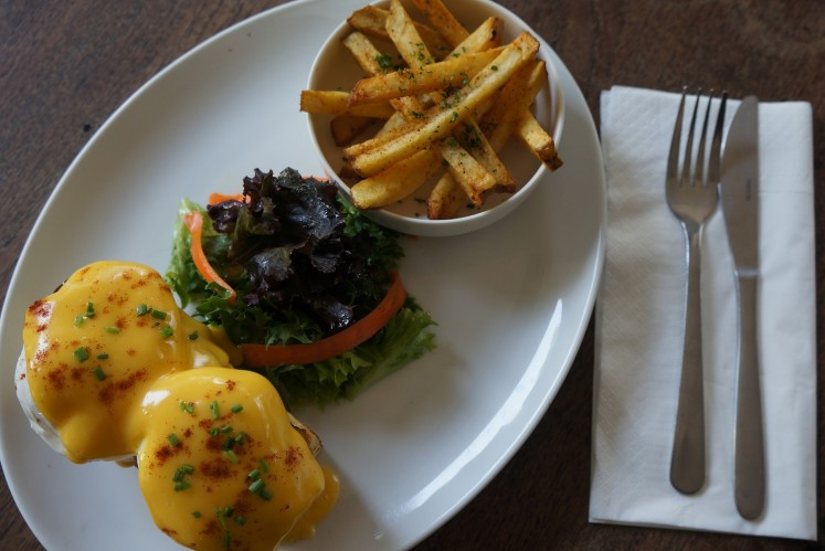 Casa Benedict by Casa restaurant may be a fine pick-me-up for those who braved the traffic to get to Kemang.