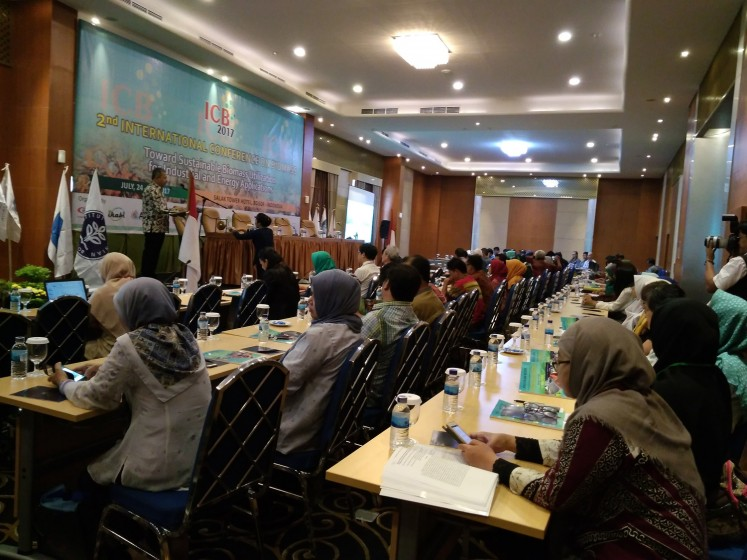 Energy talks: Bogor Agricultural University (IPB) deputy rector for research and partnership Anas Miftah Fauzi opens the 2017 International Conference on Biomass held in Bogor, West Java, from July 24 to 25.