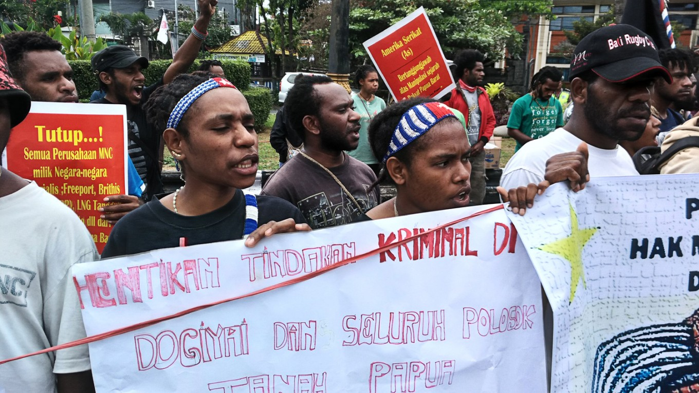 Students rally for West Papuan independence in Bali