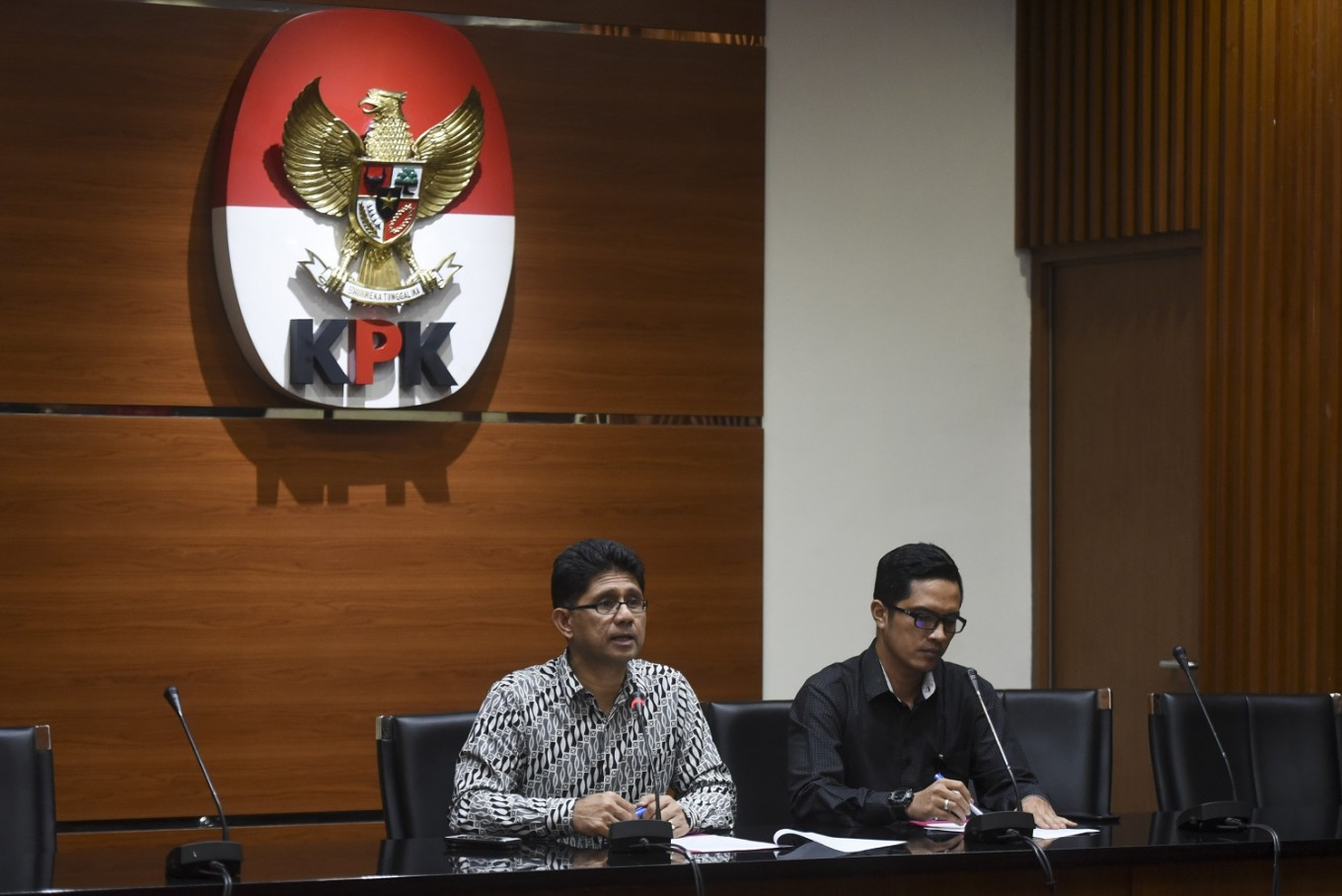 'We have the constitutional right': Antigraft body bigwigs challenge revised KPK Law