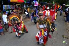 Art groups from Bejiharjo village in Gunungkidul regency, Yogyakarta, join the Merti Desa performance. JP/Stefanus Ajie