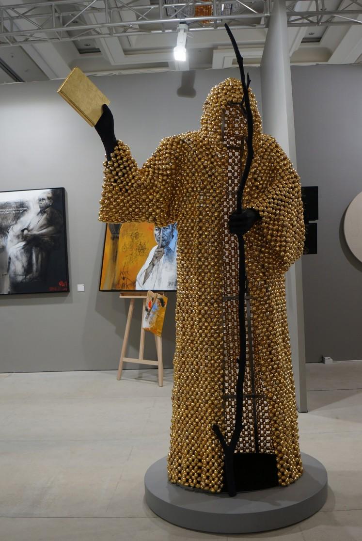 'Hallucinogenic' installation by Titaribu.