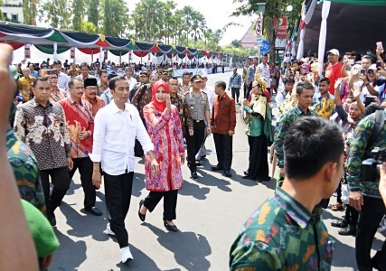 Jokowi promises to start Jember Airport expansion next year