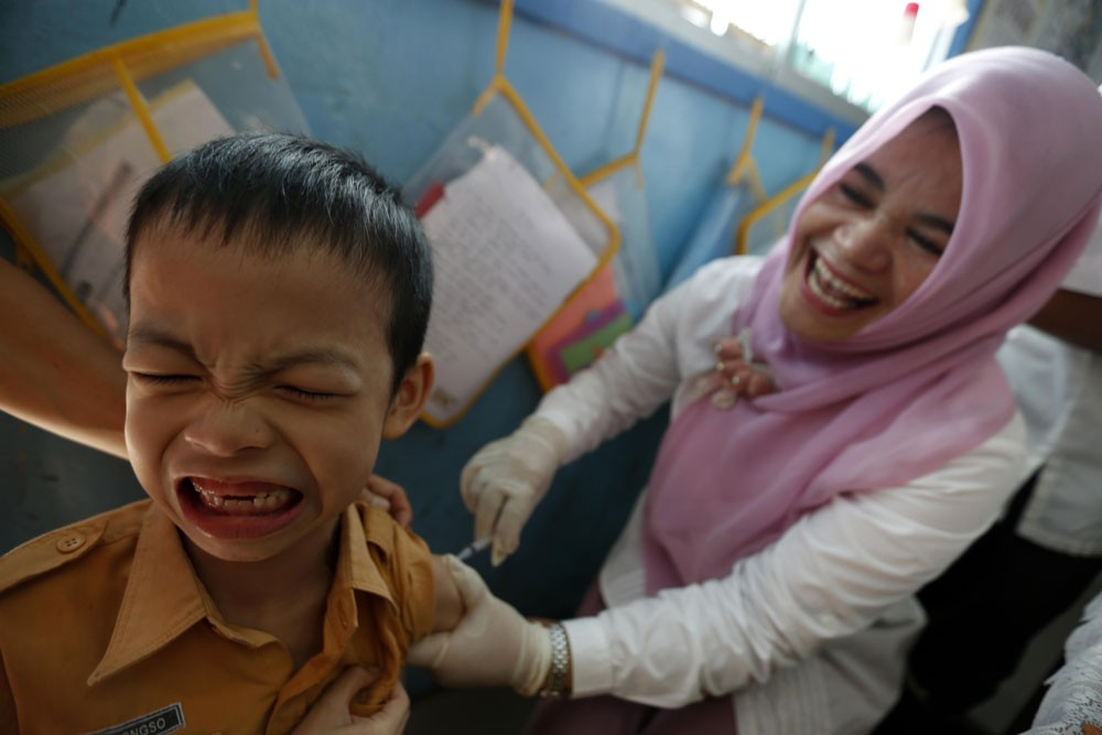 Indonesia, India fall behind in measles vaccination
