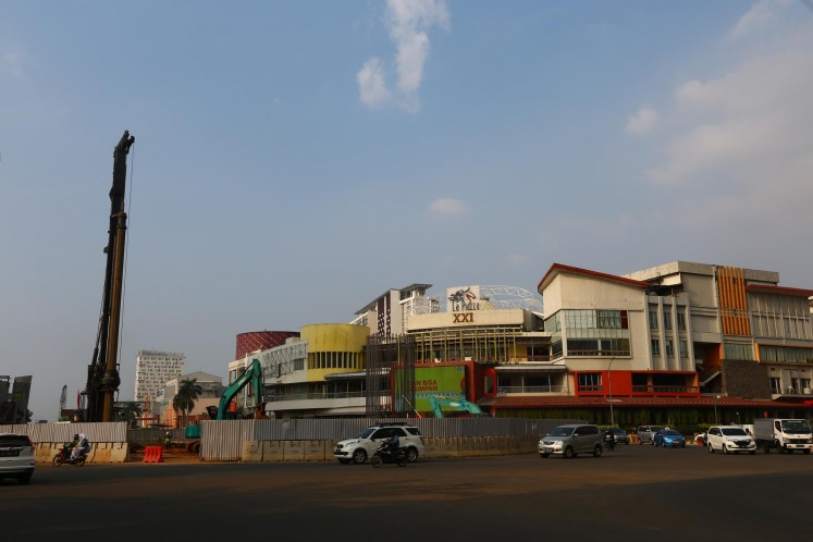 The light rail transit (LRT) development on Jl Boulevard Raya, Kelapa Gading.