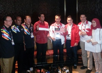 Sports ministers of Indonesia, Malaysia settle flag incident
