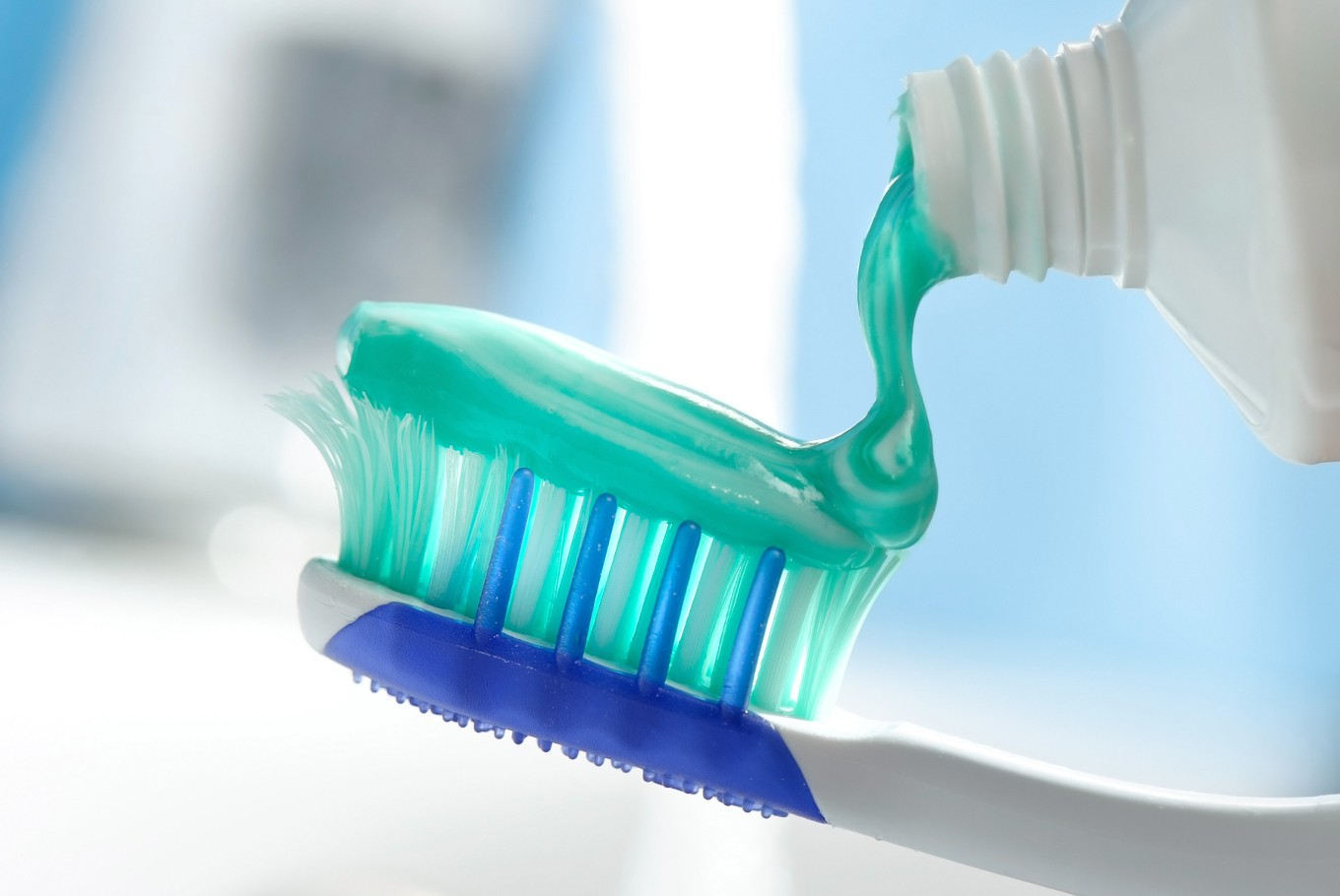 Study: Chemical used in toothpaste could increase osteoporosis risk in women
