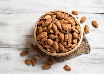 Almonds help rid body of bad cholesterol