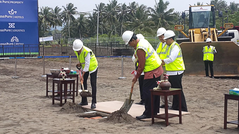 Airport construction continues despite lack of environmental permit