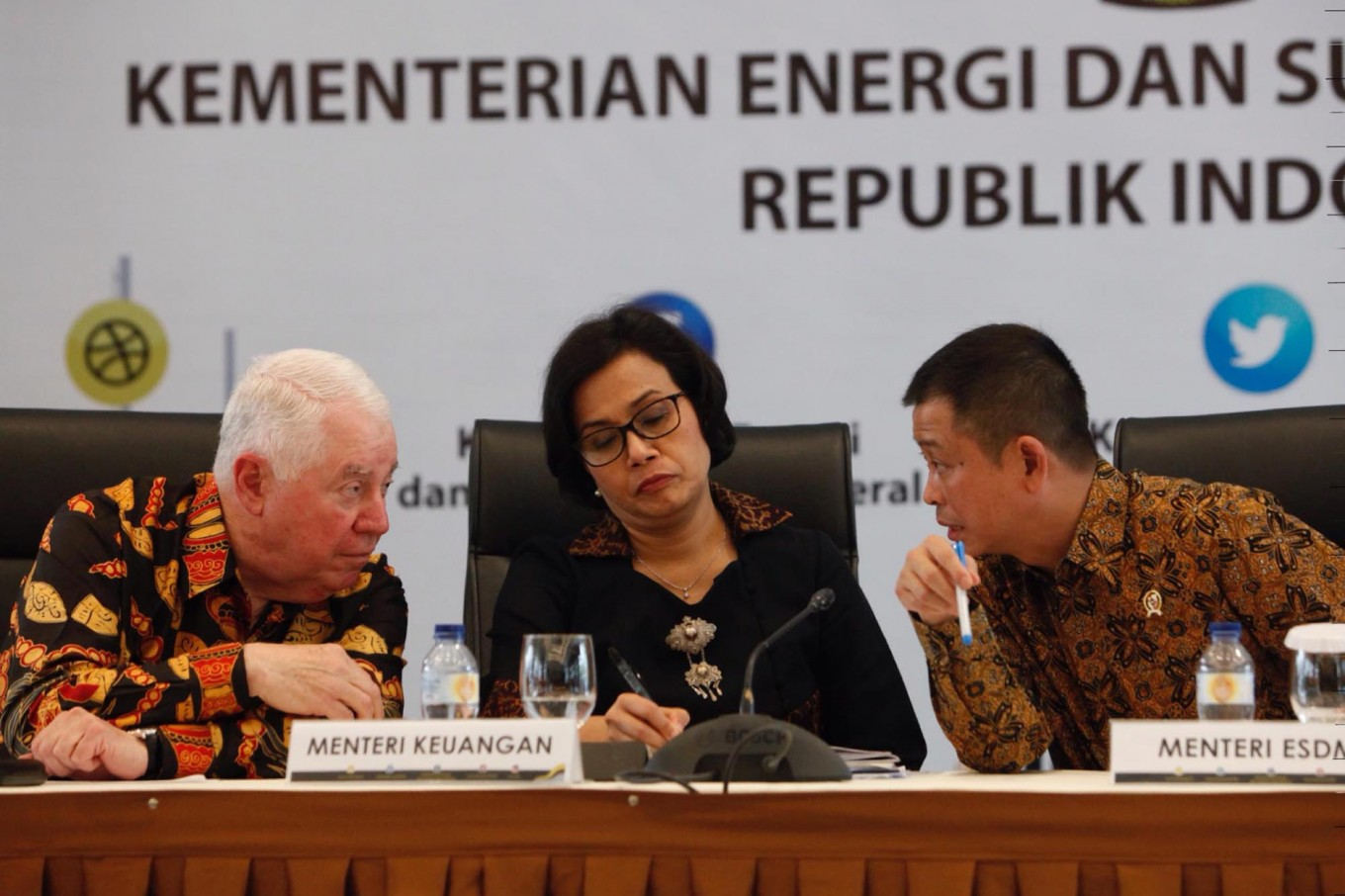 Indonesia wants SOEs to buy Freeport's divested shares