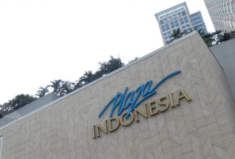 Jakarta riot: Shopping malls remain open