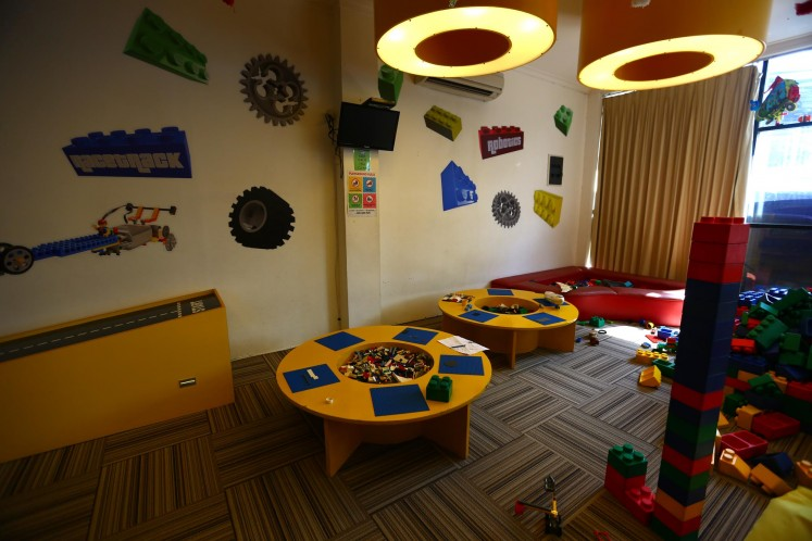 The first floor of the Bricks 4 Kidz building is used as a playground, where children can play with Legos at a price of Rp 100,000 (US$7.50) for non-members.