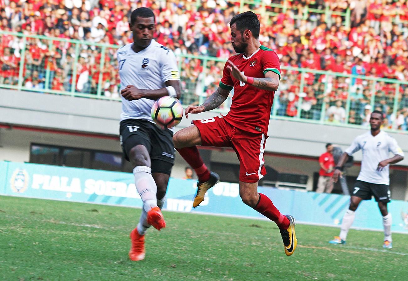 Firecracker kills fan at Indonesia-Fiji friendly
