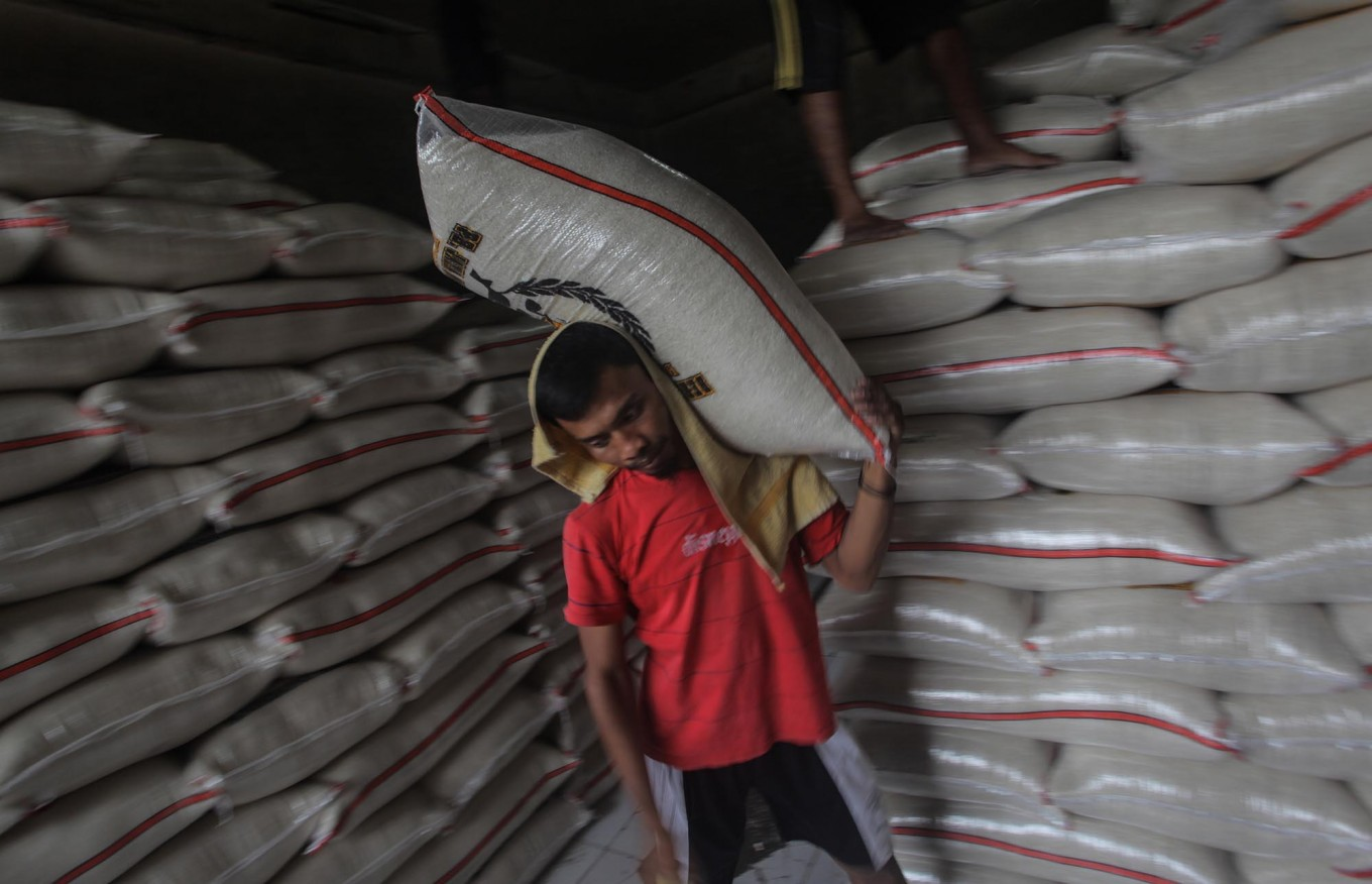 Ministry blames traders for rice price increase