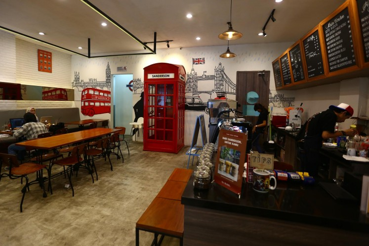 Sanderson Coffee Co. offers Indonesian blends and single-origin coffees as well as free Wi-Fi in a relaxing, modern-vintage setting.