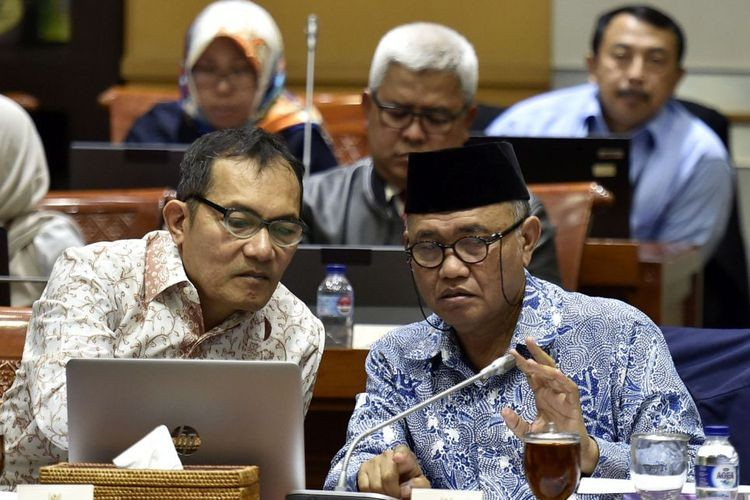 KPK names former regent suspect; estimated state losses Rp 2.7t