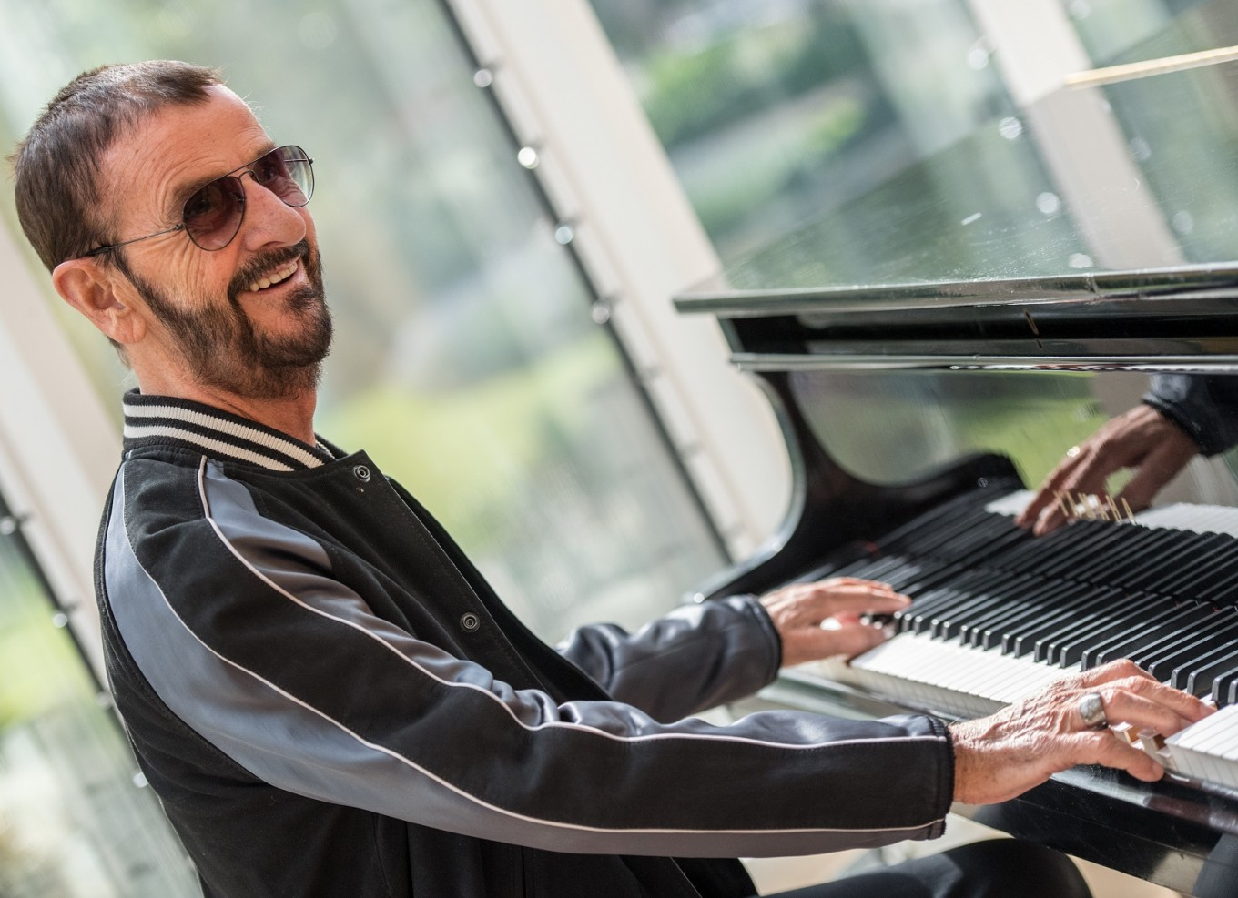 Ringo Starr gets back to where he once belonged