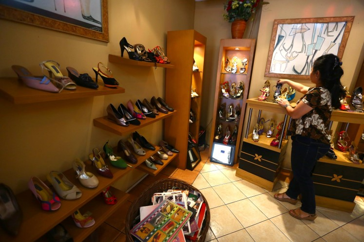 Atalia shoe store creates custom-made shoes for dance, special occasions, as well as orthopedic and other special-needs shoes.
