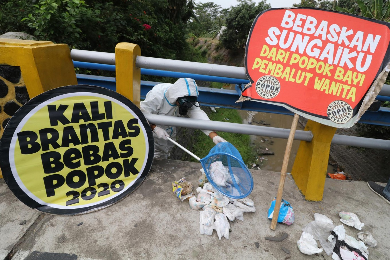 Developed countries urged to pick up Brantas River trash