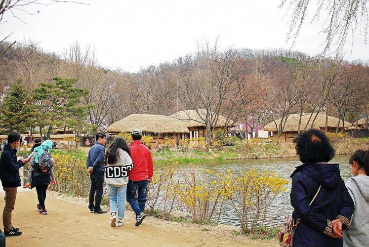 River view: A small river divides the traditional village area and the small amusement park.