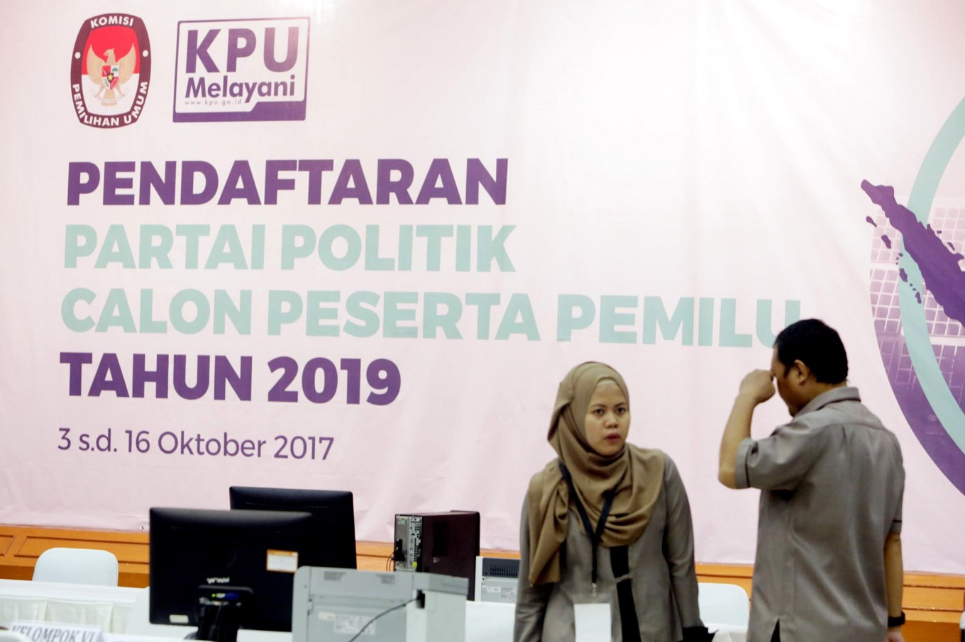 KPU goes forward with banning graft convicts from running for legislative office