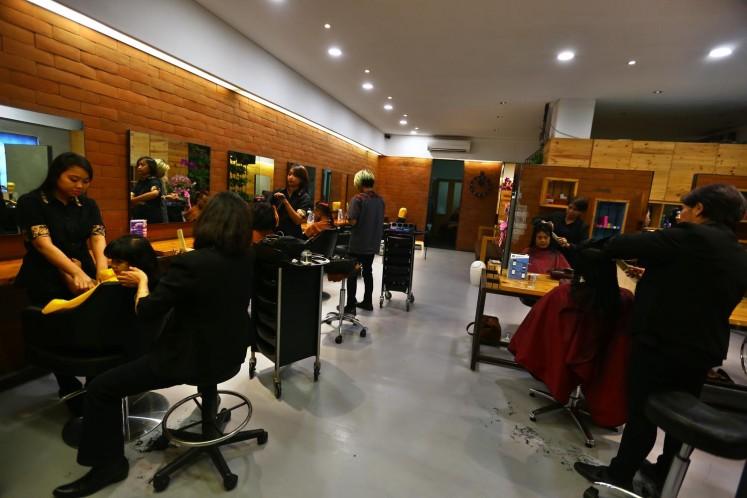 Cyberhair Youth Salon on Jl. Bumi in Kebayoran Baru, South Jakarta.