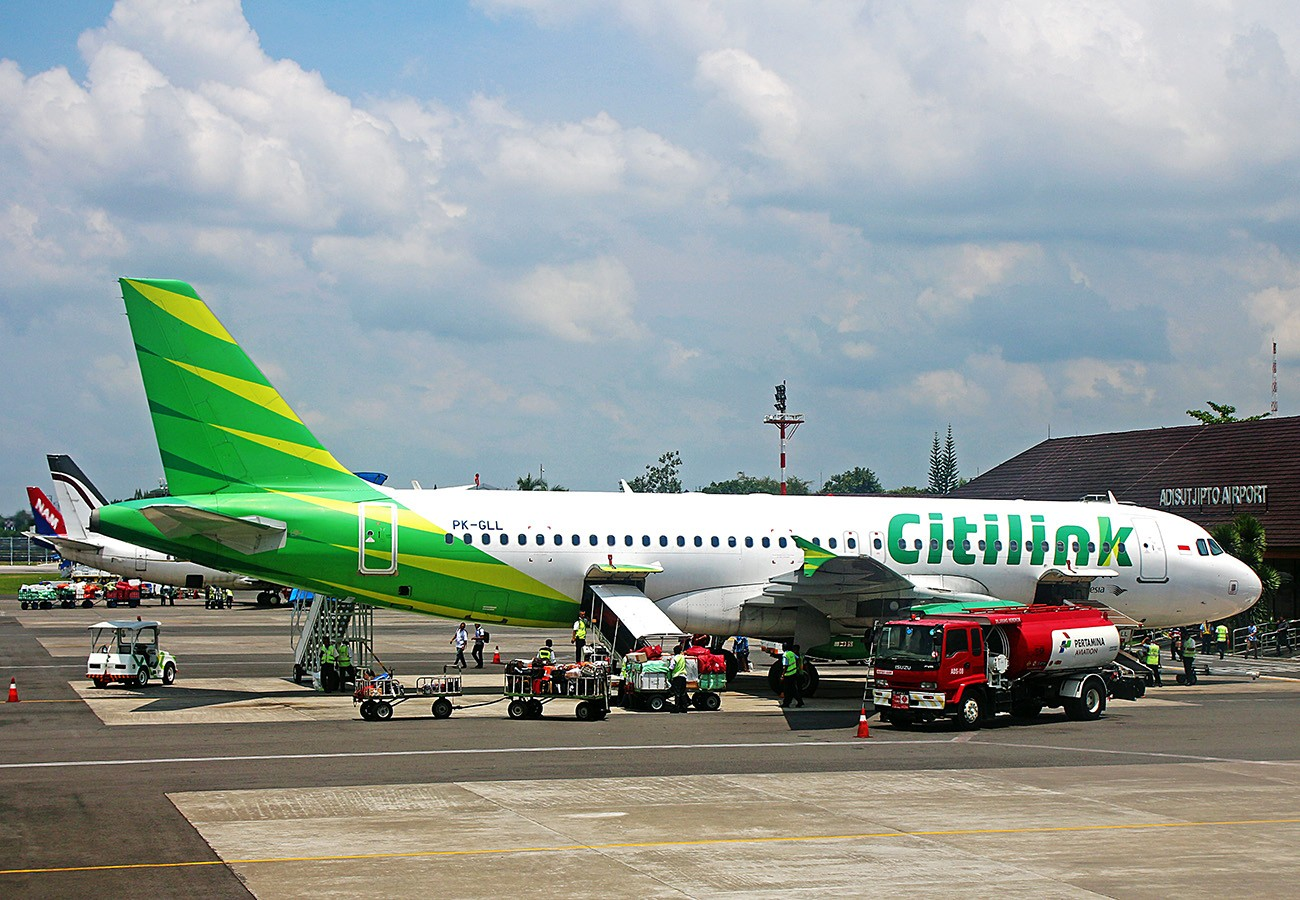 A Citilink's Airbus A320 sits on the tarmac of the Adisutjipto International Airport in Surakarta, Central Java, on Oct. 7, 2017 | The Jakarta Post/Bagus BT. Saragih