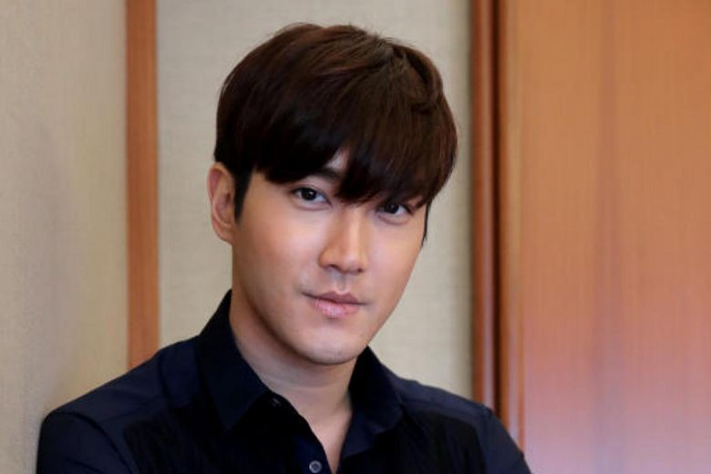 Choi Siwon makes surprise appearance in Indonesian instant noodle ad