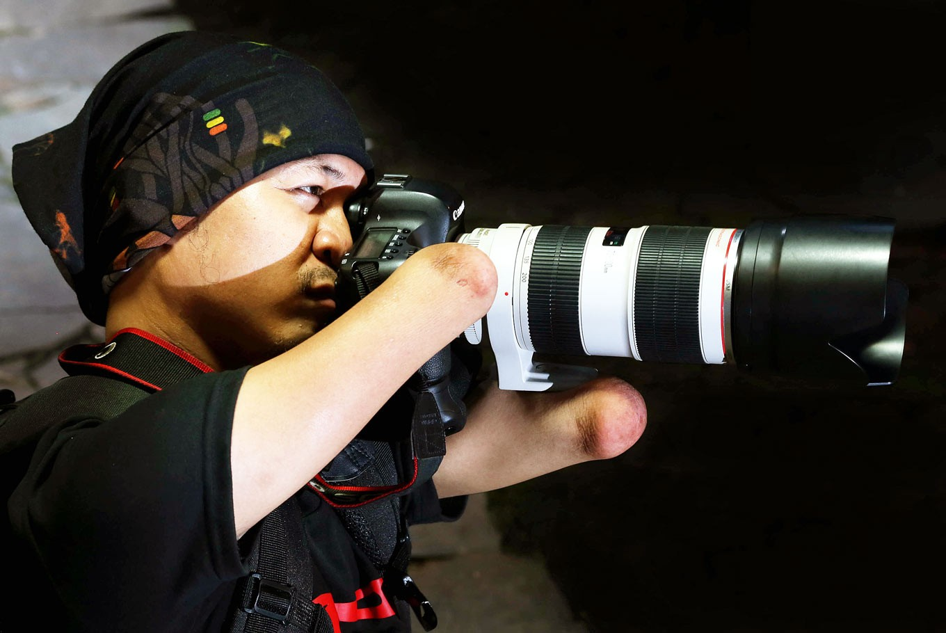 Bang Dzoel photographer with great zeal