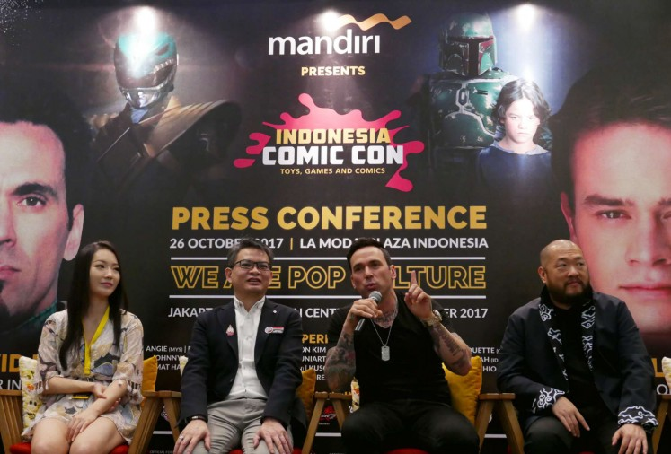 South Korean cosplayer Pion Kim (from left to right), country general manager of Reed Panorama Exhibition James Boey, actor Jason David Frank and Asian-American artist-designer Bernard Chang during the Indonesia Comic Con 2017 press conference on Thursday at La Moda, Plaza Indonesia.