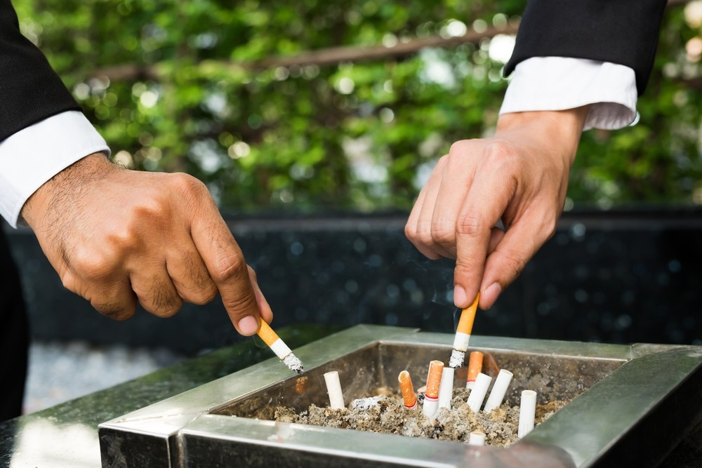 Smokers less likely to survive a dangerous form of skin cancer