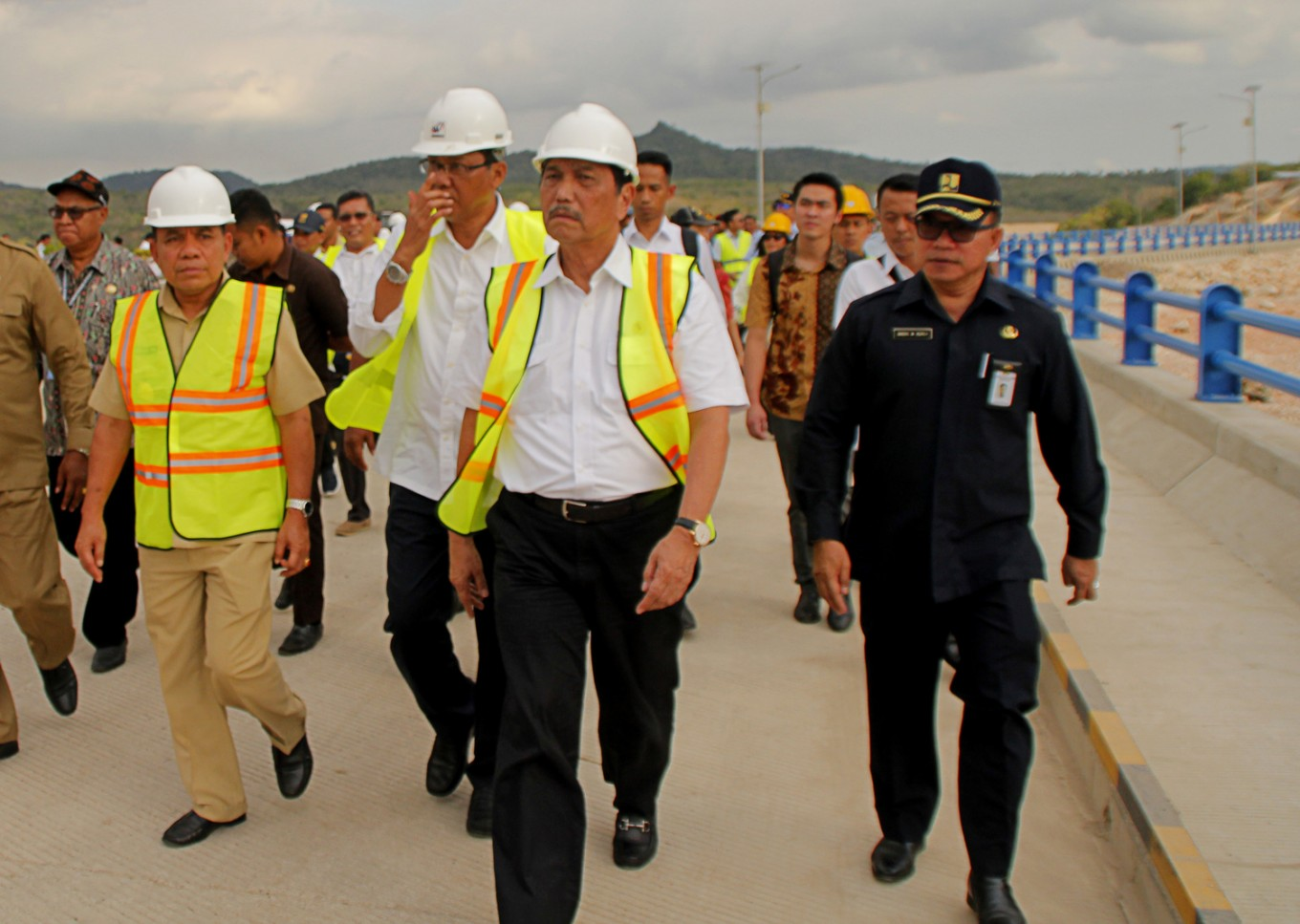 Coordinating Minister for Maritime Affairs inaugurates two ships for Sail Sabang