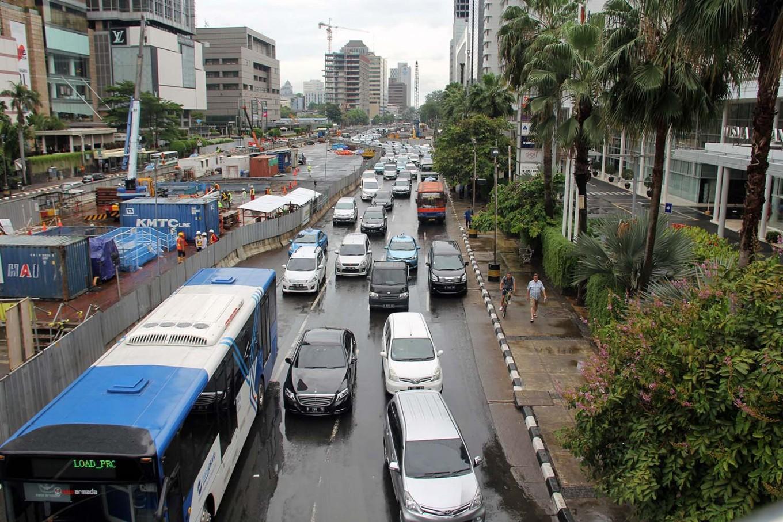 Design for Jl. Sudirman sidewalk restoration in final stage