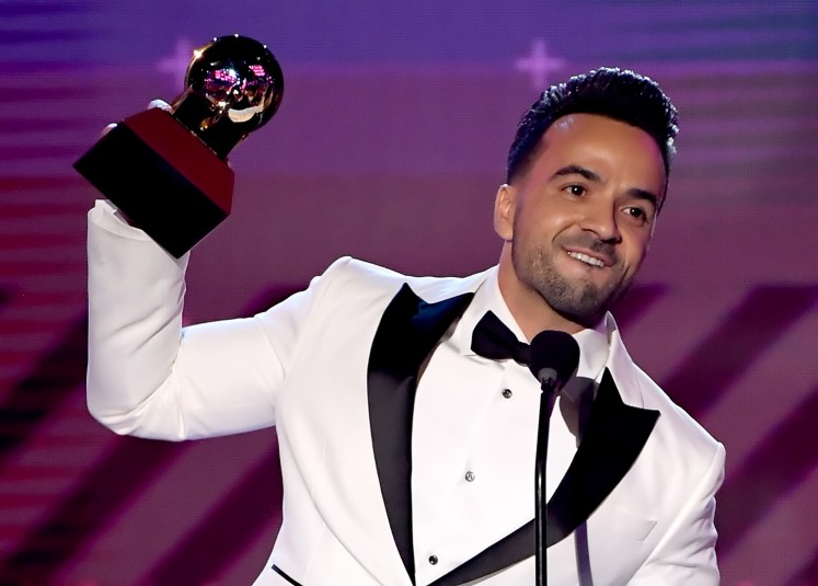 'Despacito' sweeps Latin Grammys -- and heads to Asia